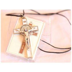Krzyż św. Benedykt biały
